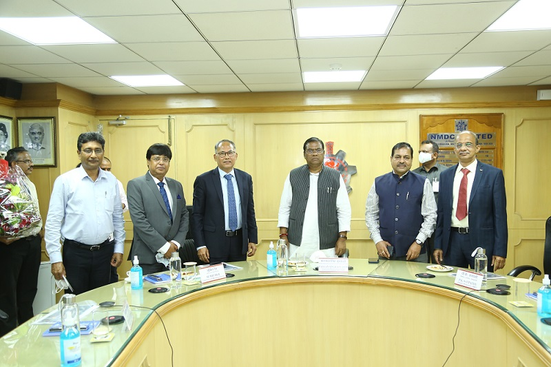Shri Faggan Singh Kulaste, Hon'ble Union Minister of State for Steel and Rural Development Govt. of India reviews performance of NMDC Limited